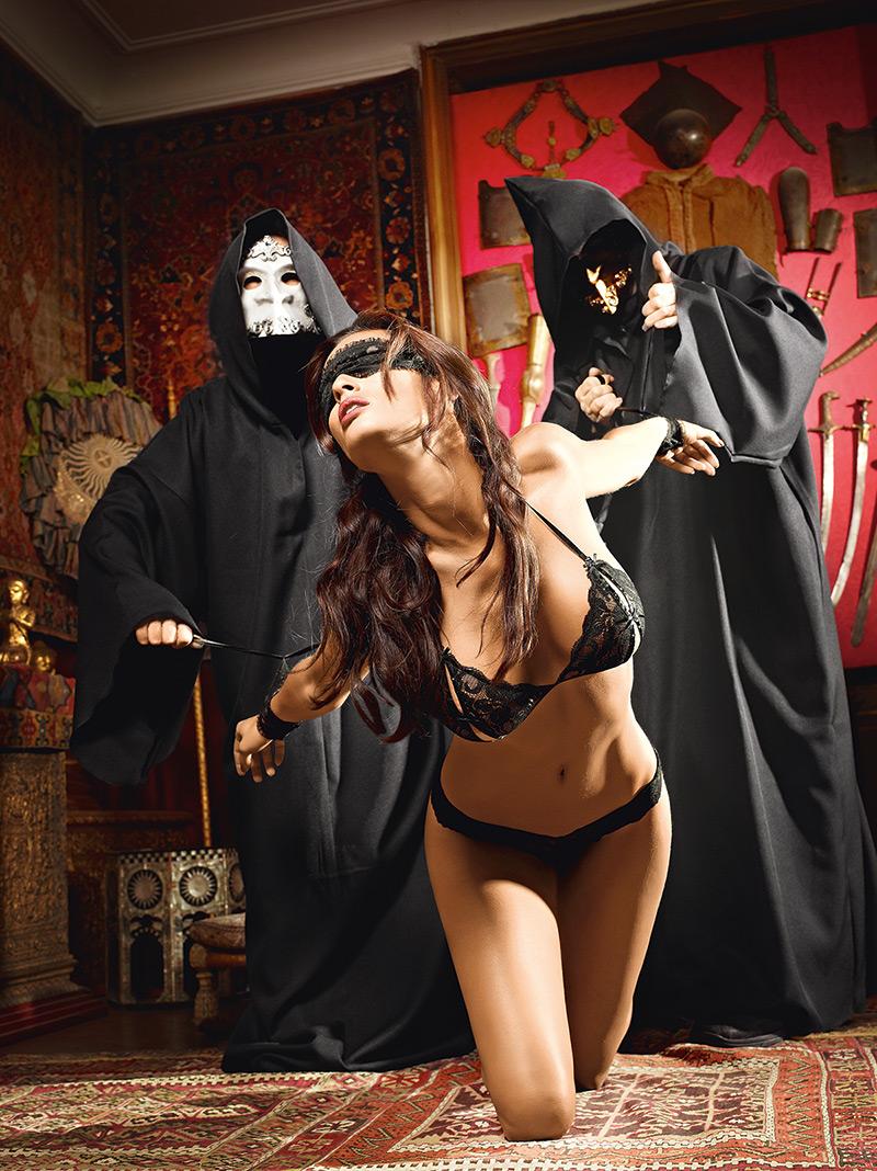 Costume slave porn hentai scenes