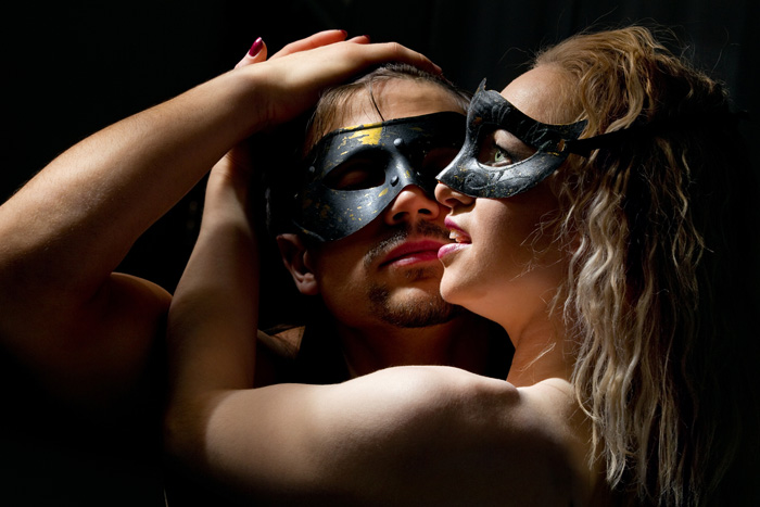 masked lovers